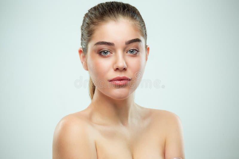 Cara hermosa de la muchacha Piel perfecta foto de archivo