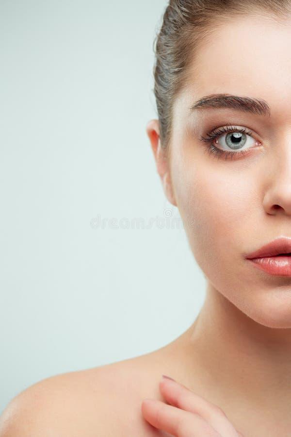 Cara hermosa de la muchacha Piel perfecta foto de archivo libre de regalías