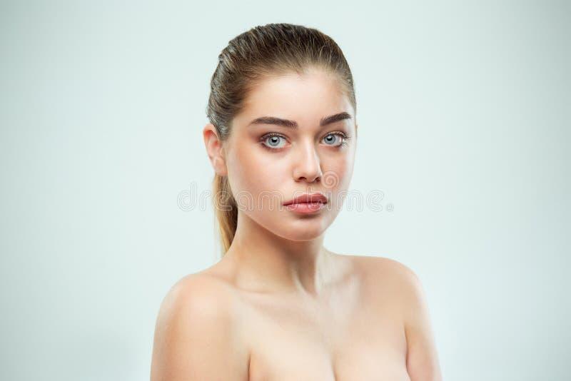 Cara hermosa de la muchacha Piel perfecta fotos de archivo