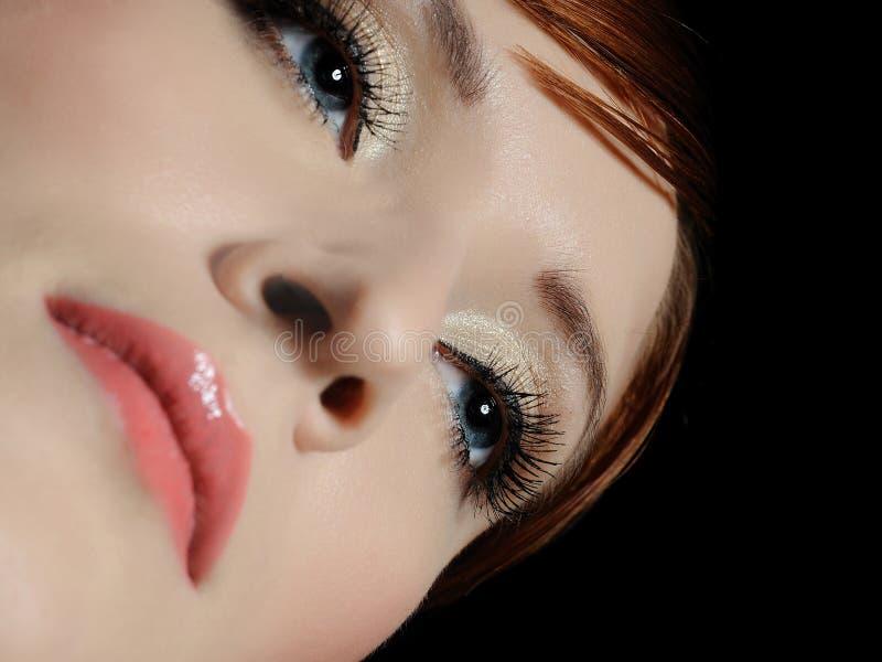 Cara hermosa de la mujer, ojos con los latigazos largos fotografía de archivo libre de regalías