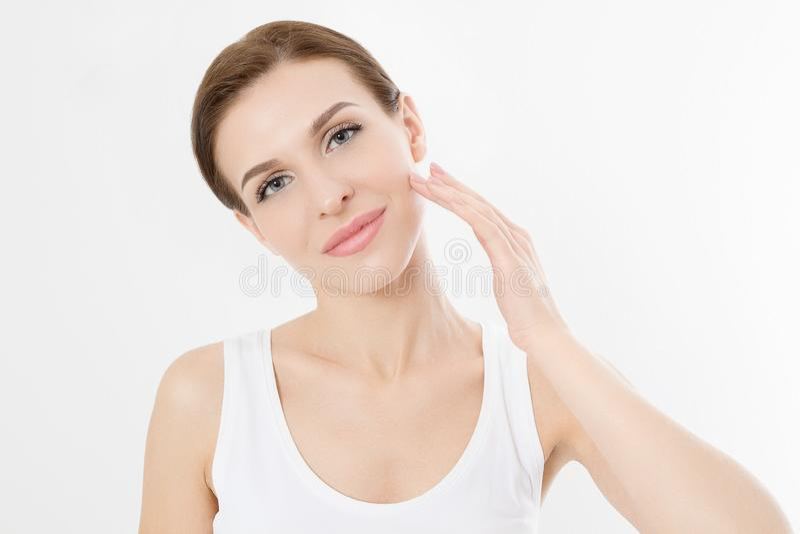 Cara macro da mulher sem enrugamentos na testa Beleza dos cuidados com a pele e da cara dos termas Tratamento facial da cosmetolo fotografia de stock