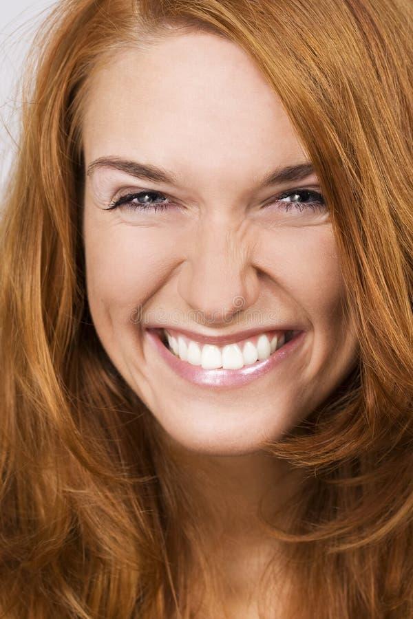 Cara sonriente hermosa de la mujer imagenes de archivo