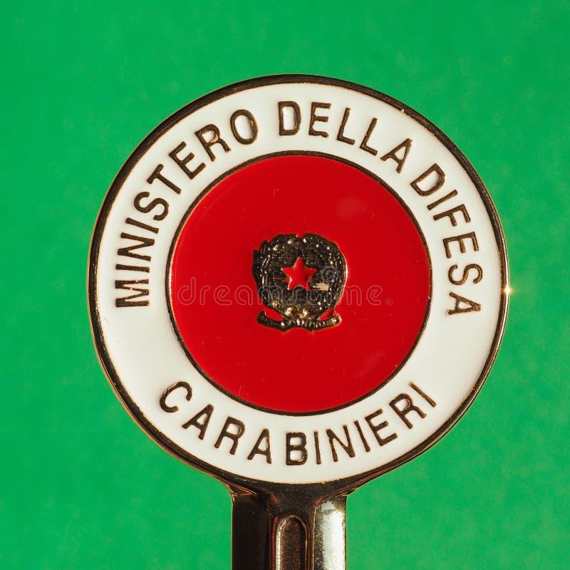 Download Carabinieri Sygnalizacyjny Dysk W Mediolan Obraz Stock Editorial - Obraz złożonej z lombardy, ilustrator: 106903264