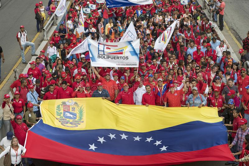 caracas Marche de démonstrateurs à l'appui de nouvelles mesures économiques de gouvernement photographie stock