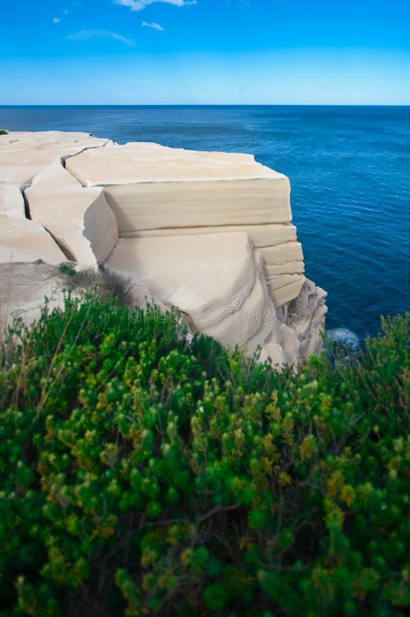 Característica de la roca de la torta de boda foto de archivo libre de regalías