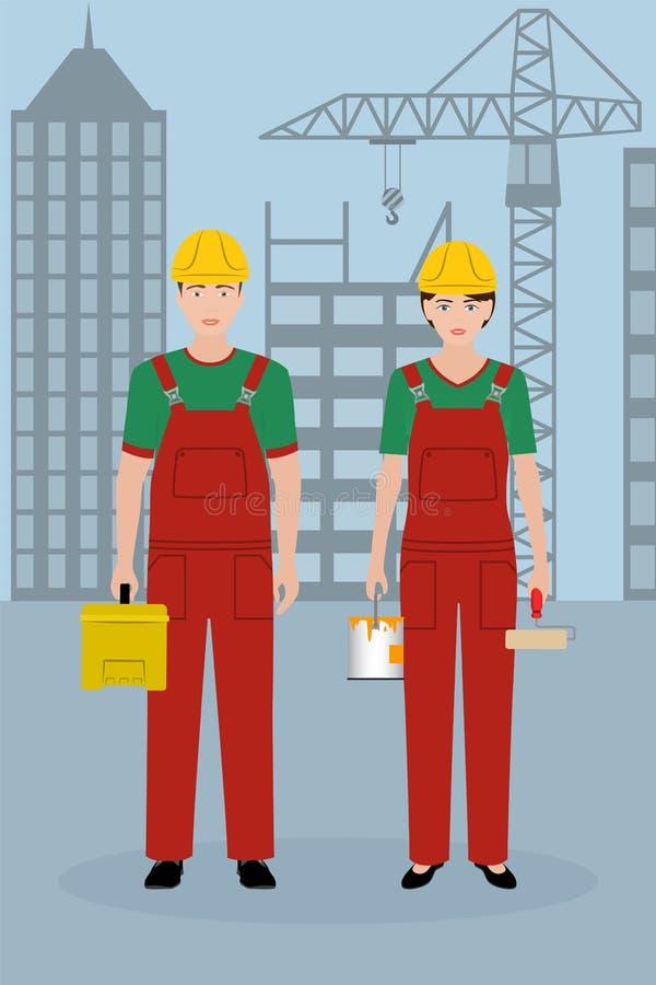 Caracteres de la gente de la construcción Pares de trabajadores en guardapolvos en un fondo del paisaje urbano ilustración del vector