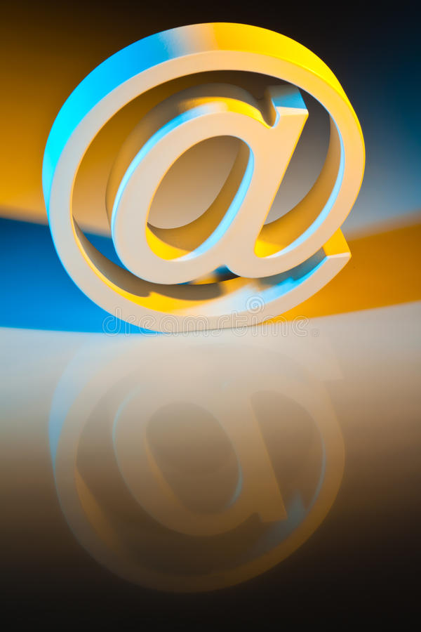 Caracteres del email. Comunicación en línea. fotografía de archivo libre de regalías