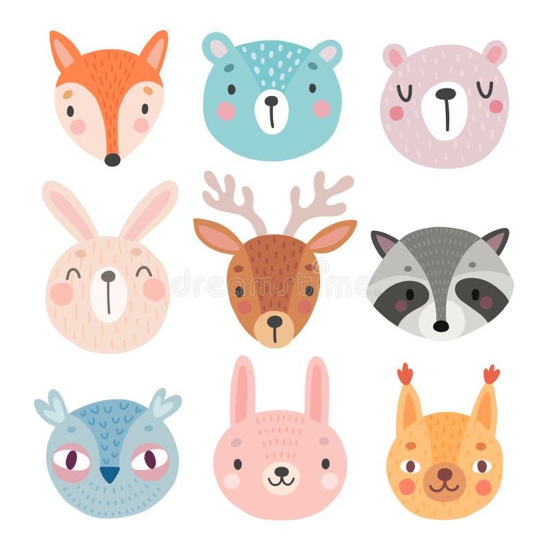 Caracteres lindos del arbolado, oso, zorro, mapache, conejo, ardilla, ciervo, búho libre illustration