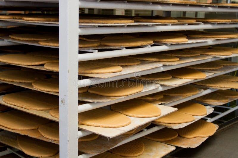 Caramella di produzione alla fabbrica della confetteria immagini stock libere da diritti