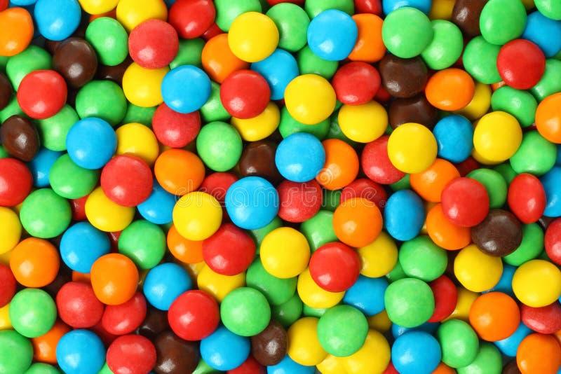 Caramella ricoperta di cioccolato variopinta fotografia stock libera da diritti