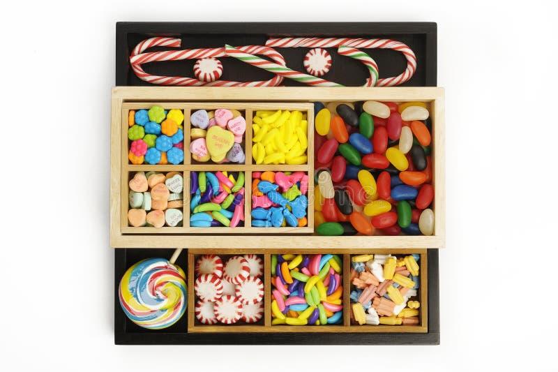 Caramelo en caja de madera fotos de archivo libres de regalías