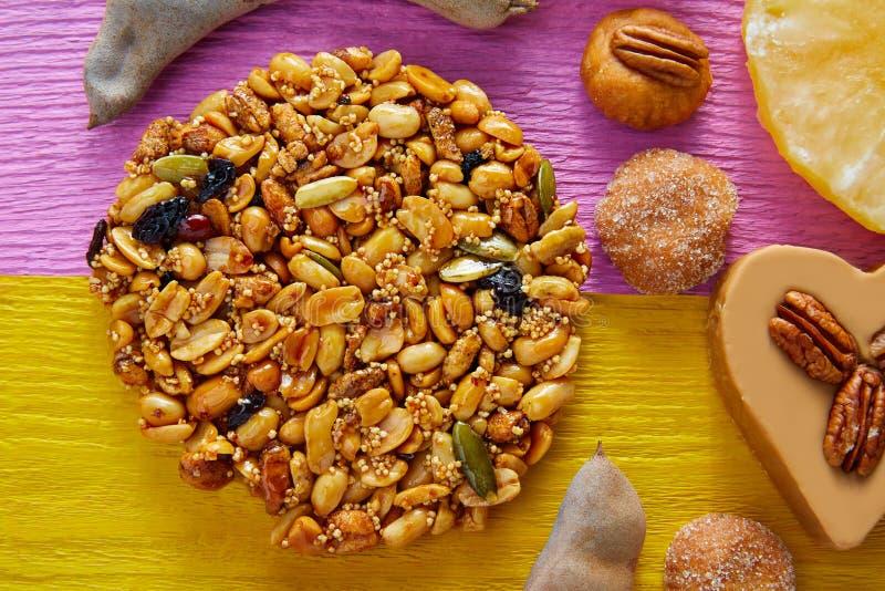 Caramelo mexicano Palanqueta dulce con los cacahuetes fotos de archivo libres de regalías