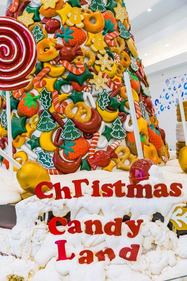 Caramelo, nieve, piruleta y colores de la Navidad fotos de archivo