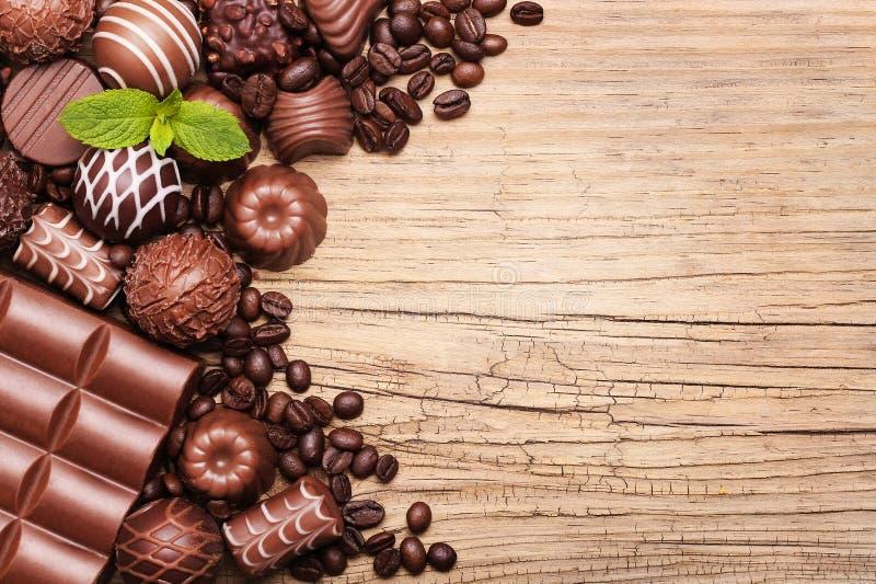 Caramelos de chocolate Colección de trufas belgas hermosas imágenes de archivo libres de regalías