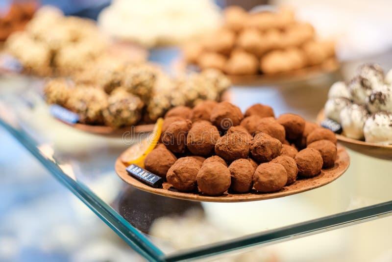 Caramelos de la trufa de chocolate imagen de archivo
