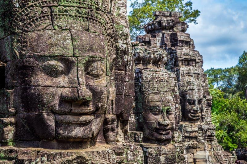 Caras budistas en torres en el templo de Bayon, Camboya foto de archivo libre de regalías