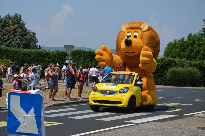 Caravan van de Ronde van Frankrijk stock foto's