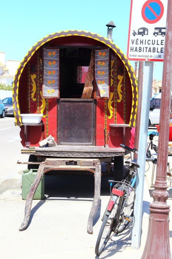 Caravana gitana en francés Saintes Maries de la Mer fotografía de archivo libre de regalías