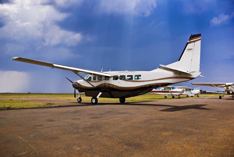 Caravana grande C-208B de Cessna fotos de stock