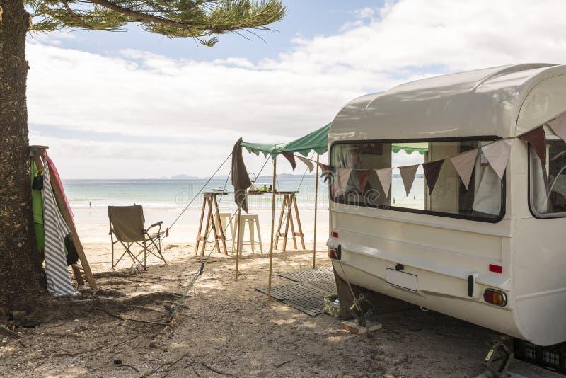 Caravana retro foto de stock royalty free