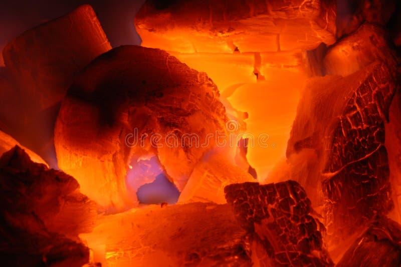 Carbón ardiente imagen de archivo libre de regalías