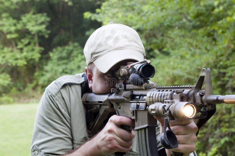 Carbine com luz sobre fotografia de stock royalty free