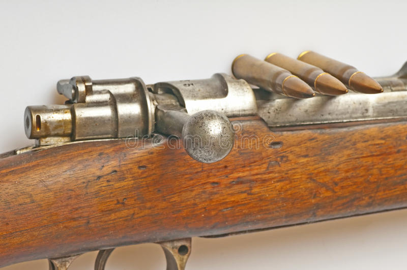 Carbine con munizioni fotografie stock