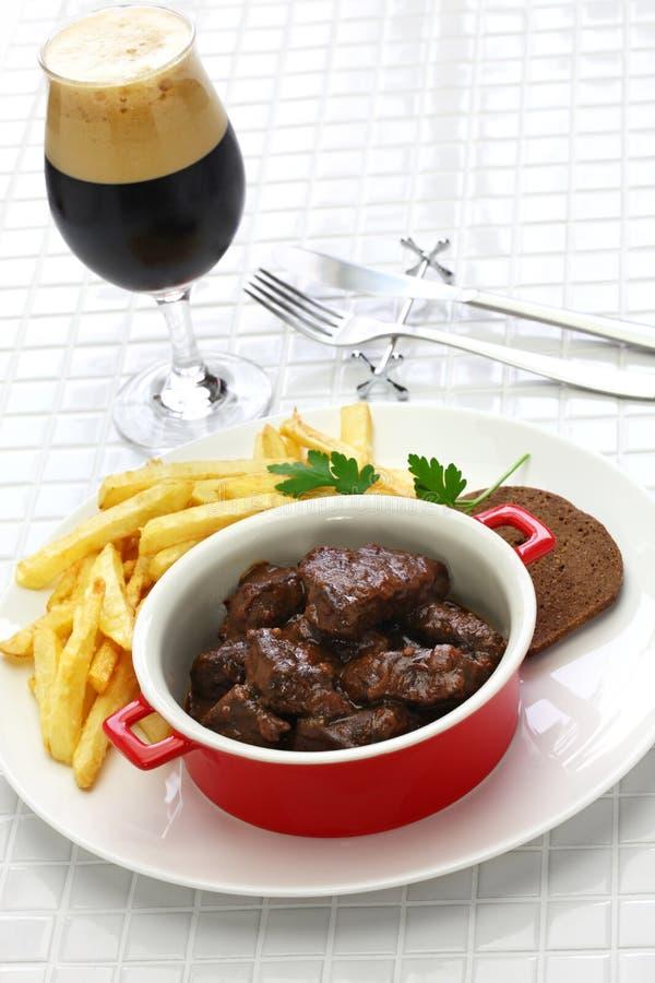 Carbonade flamande, flemish kalops, belgisk kokkonst arkivfoton