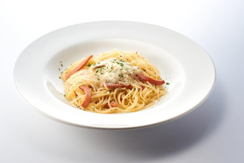 Carbonara Spagetti met Ham royalty-vrije stock afbeelding