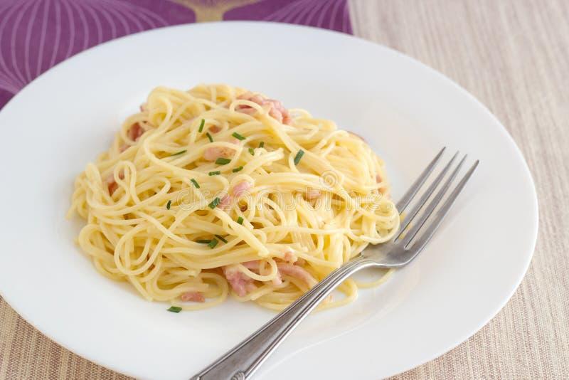 Carbonara van Spagetti stock foto
