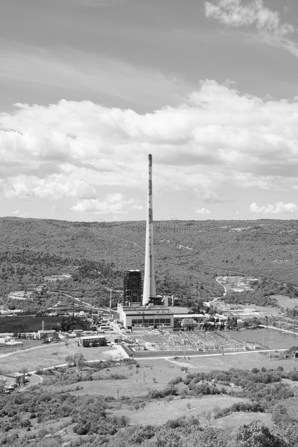 Carbone del combustibile fossile che brucia centrale elettrica elettrica fotografia stock