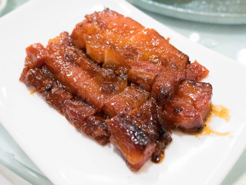 Carbonisez le SIU le barbecue rouge chinois de rôti de porc images stock