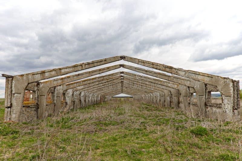 Carcaça abandonada velha da construção imagem de stock royalty free