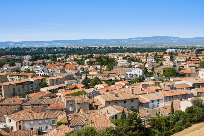 CARCASSONE, FRANKREICH - 7. JULI 2016: Ansicht von Carcassonne von der Festung - Languedoc, Frankreich stockbilder