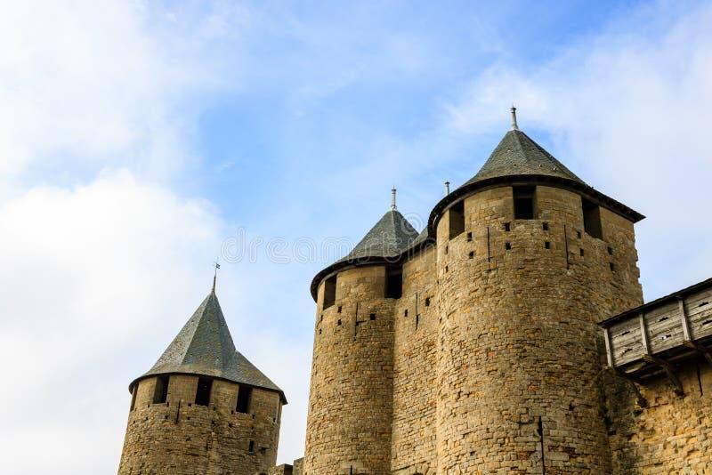 Carcassonne är en stärkt medeltida citadell som lokaliseras i den franska staden av Carcassonne fotografering för bildbyråer