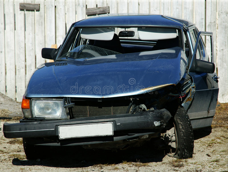 Download Carcrash 001 arkivfoto. Bild av däck, medel, framdel, stötdämpare - 508920