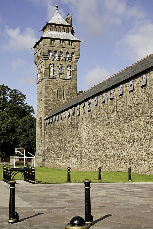 Download Cardiff Castle stock photo. Image of building, cardiff - 26493020