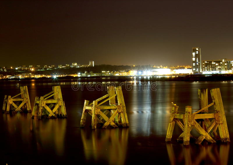 Cardiff fjärd arkivbild
