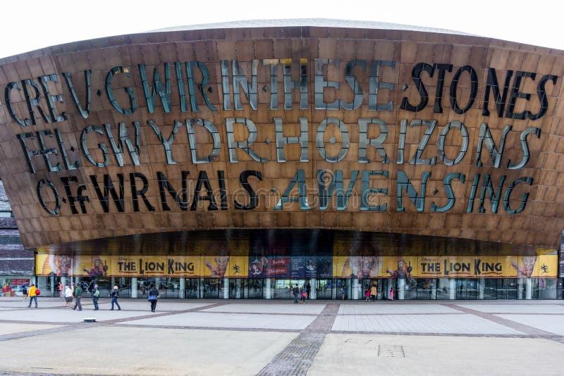 CARDIFF, WALES/UK - 16 NOVEMBER: De Baai van Cardiff van het millenniumcentrum stock afbeelding