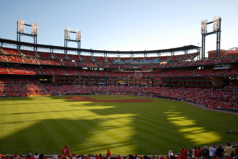 Cardinaux de St Louis de stade de Busch photo stock