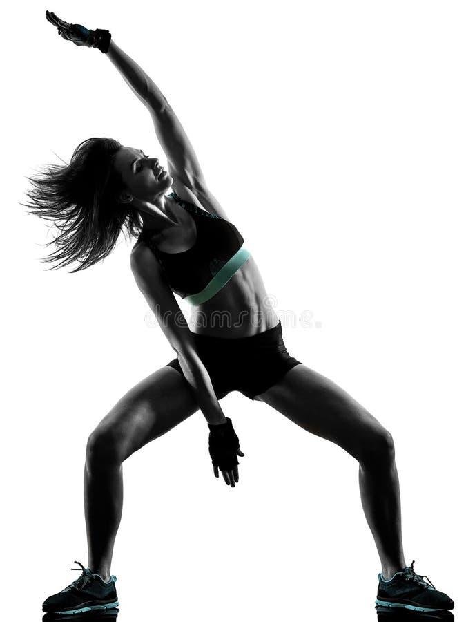 Cardio женщина аэробики тренировки фитнеса разминки ядра креста бокса стоковое фото