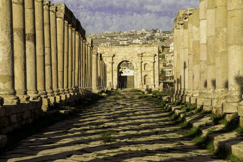 Cardo Maximus ulica w Jerash fotografia stock