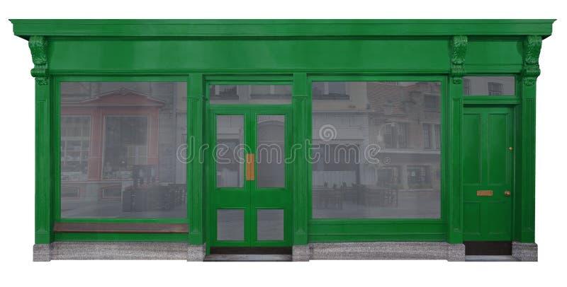 Carga con área verde de la entrada en la madera aislada en el fondo blanco imágenes de archivo libres de regalías