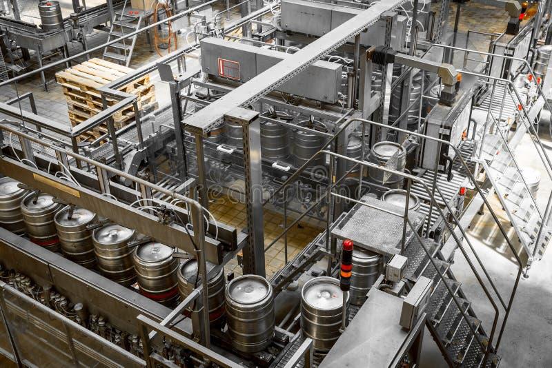 Cargador del barril de cerveza, lavándose imágenes de archivo libres de regalías