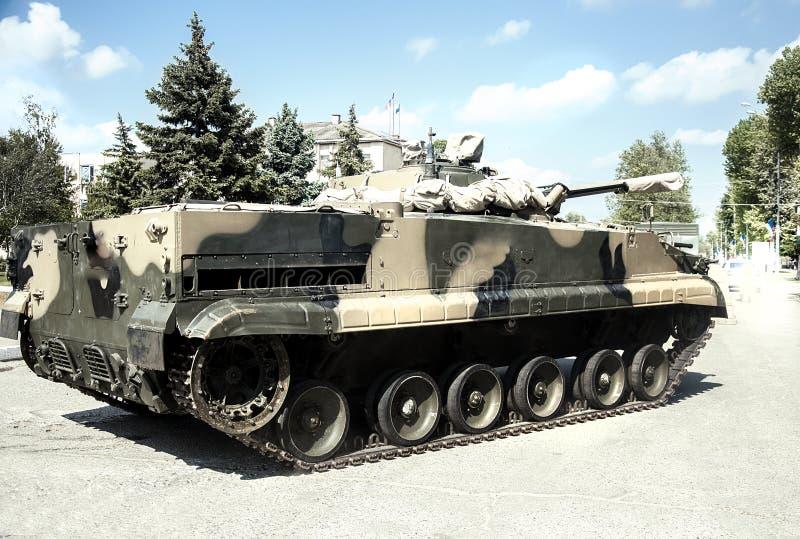 Cargaison, voiture, arme à feu de machine militaire d'arme de réservoir de camion grande images stock