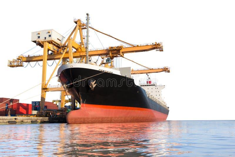 Cargo avec la grue dans le port d'isolement sur le fond blanc image stock