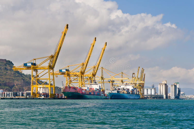 Download Cargo Cranes Royalty Free Stock Images - Image: 25792449
