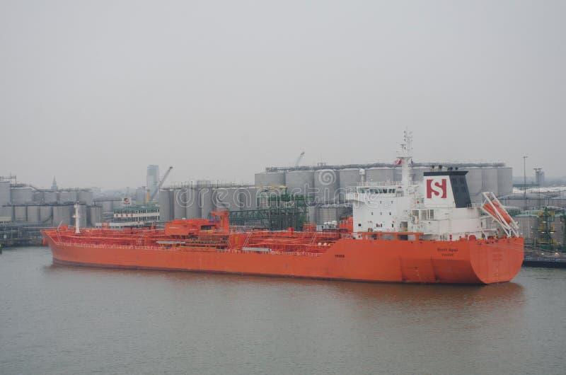 Cargo d'alpha de Stolt près de port de Rotterdam photo stock