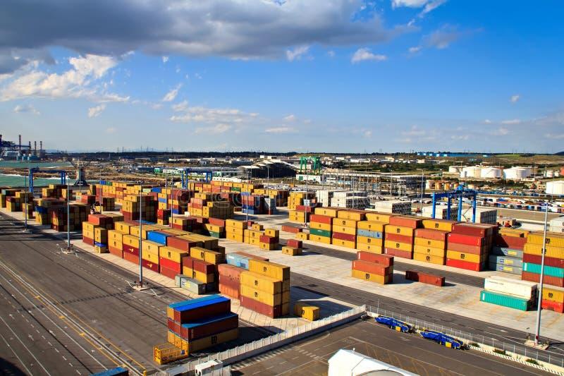 Cargo en el puerto de envío fotografía de archivo libre de regalías