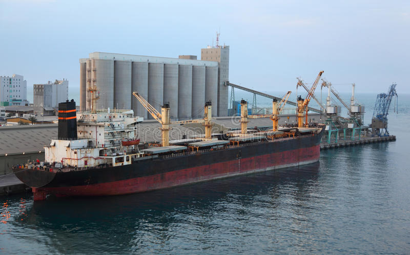 Download Cargo Ship Docked To Industrial Port Stock Image - Image: 17214981